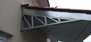 Estrutura metálica de varanda